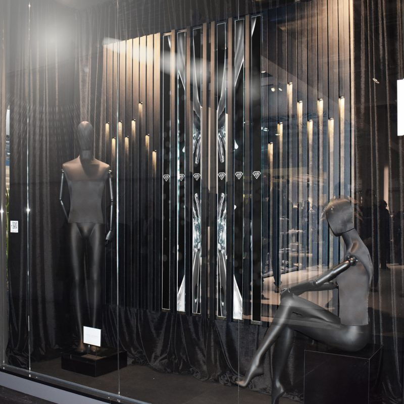 Boiserie-vetrina-fashion